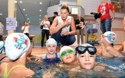 Schwimmen lernen vom Weltstar Franziska van Almsick