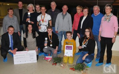 Franziska van Almsick gratuliert Bentheimer Schwimmern